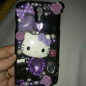 Accessories - Hello kitty cellphone cover